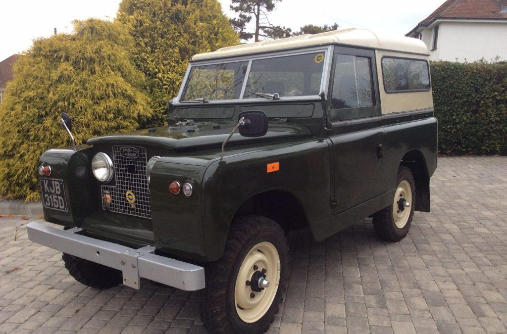 Peter & Jan's 1966 Series 2a Land Rover