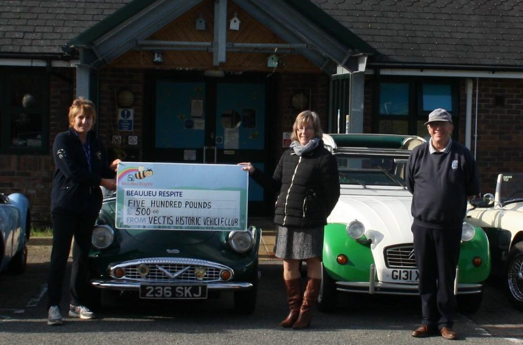 Vectis Historic Vehicle Club Ltd Donation to Beaulieu House 7th October 2020